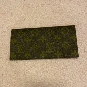 LOUIS VUITTON monogram logo checkbook cover/holder